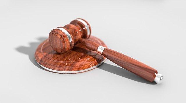 Czego musimy oczekiwać od dobrego adwokata?